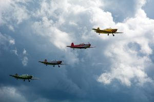 Picture of light aircraft flying in formation